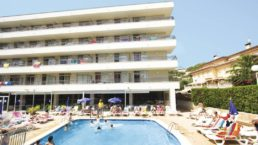 Cheap Holidays to Esmeraldas Aparthotel