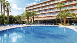 Cheap Holidays to H10 Vintage Salou