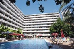 Cheap Holidays to Benilux Park Hotel
