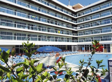 Cheap holidays to SALOU | The Holiday Travel shop
